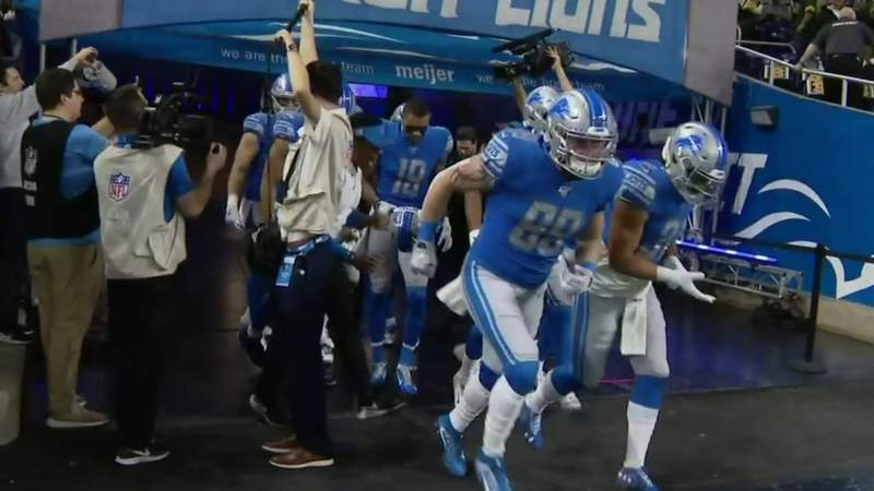 Benched: How Detroit Lions' Oday Aboushi has prepared in his downtime