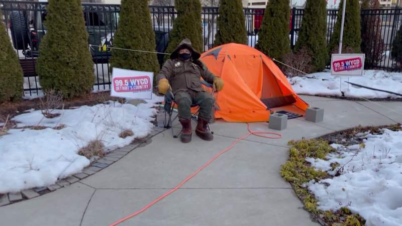 Radio DJ living in tent for a good cause