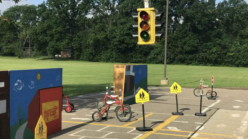 The outdoor simulation at Ann Arbor's Safety Town at Dicken Elementary. (Photo: Meredith Bruckner)