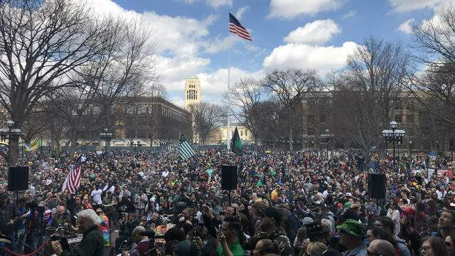 Crowds fill the University of Michigan's Diag during Hash Bash on April 6, 2019 (Photo: Meredith Bruckner)