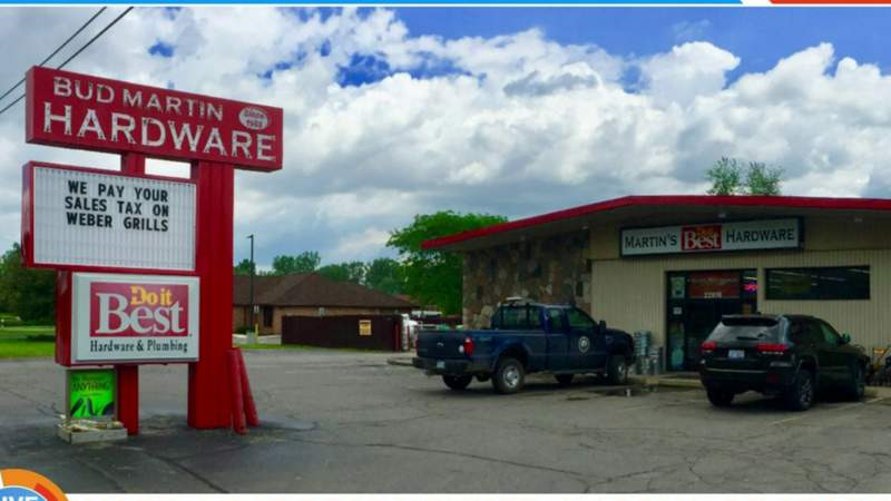 Vote 4 the Best Winner: Hardware Store on Live in the D