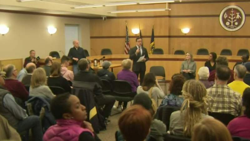 Saline families, school leaders try to address racial tensions at meeting