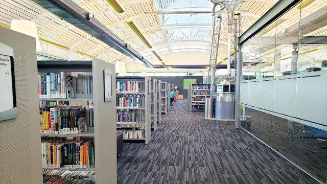 A look inside the Pittsfield branch of the Ann Arbor District Library.  Phot | Sarah M. Parlette