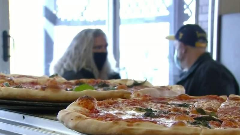 Barstool's Dave Portnoy gives rave review of Melvindale pizza shop