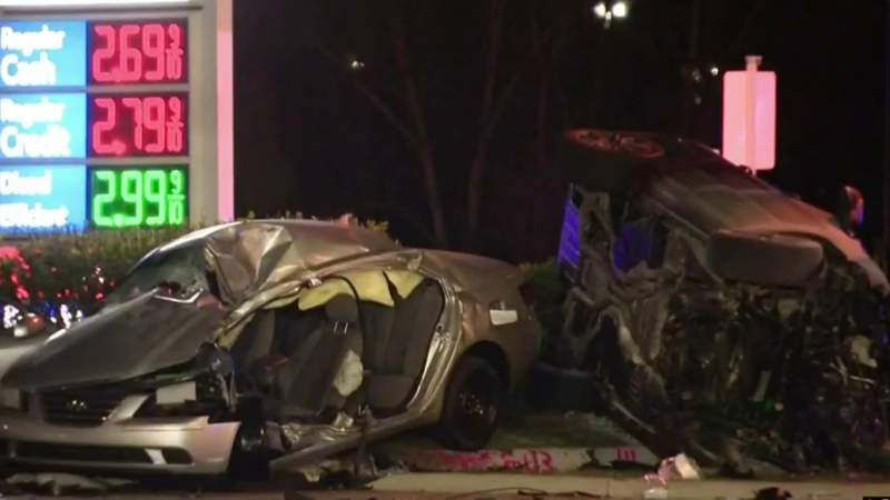 Driver wanted by police causes deadly Sterling Heights car crash
