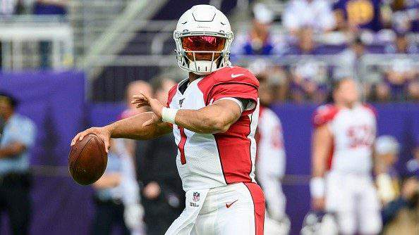 MINNEAPOLIS, MN - AUGUST 24: Kyler Murray #1 of the Arizona Cardinals throws the ball before the preseason game against the Minnesota Vikings at U.S. Bank Stadium on August 24, 2019 in Minneapolis, Minnesota. (Photo by Stephen Maturen/Getty Images)