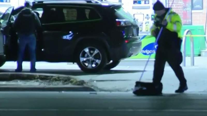 Person hit by vehicle and killed in Oak Park