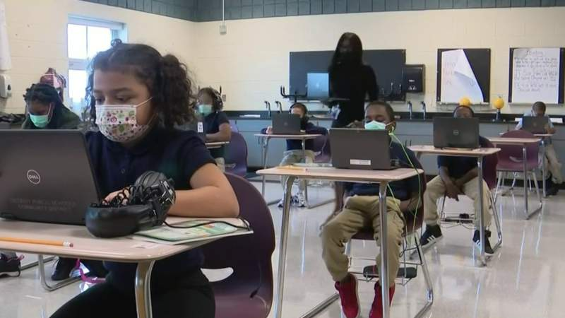 CDC reduces classroom distance from 6 feet to 3 feet with masks