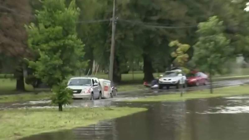 Flooding causes trouble for drivers in Detroit near Dearborn