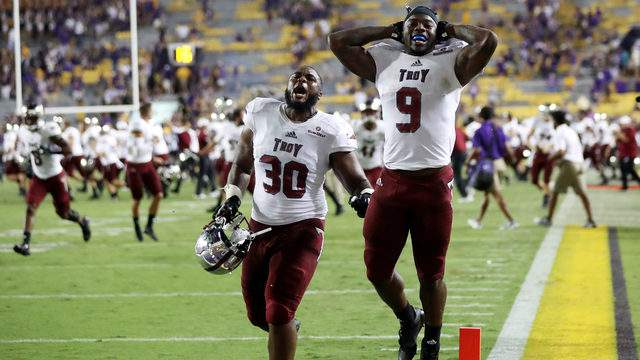 Members of the Troy Trojans celebrate after defeating the LSU Tigers 24-21 at Tiger Stadium on September 30, 2017 in Baton Rouge, Louisiana. (Photo by Chris Graythen/Getty Images)