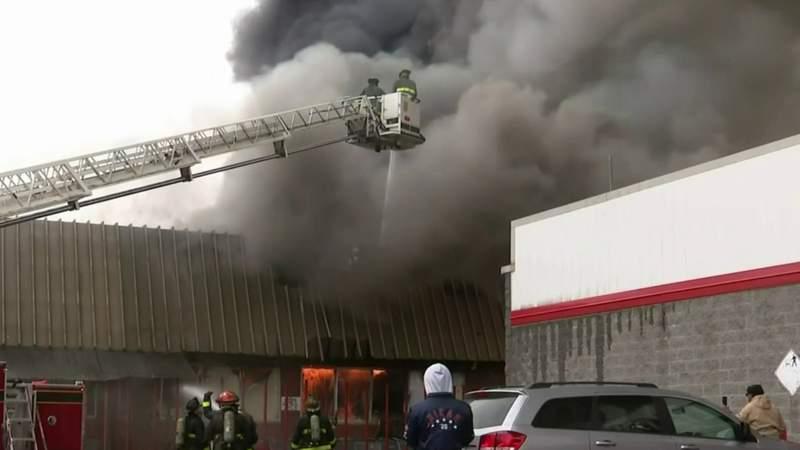 Fire destroys grocery store on Detroit's west side