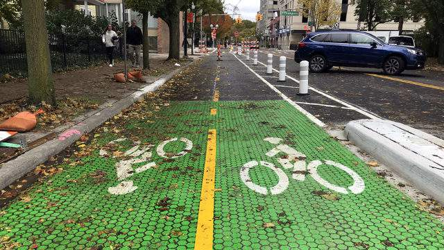 The new two-way protected bike lane on William Street. (Credit: Meredith Bruckner)