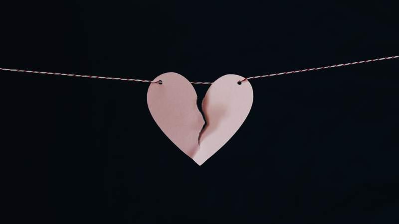A lil broken paper heart