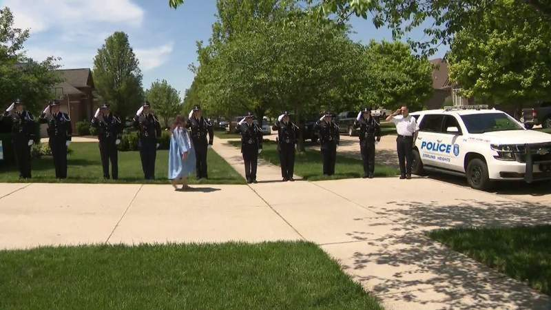 Sterling Heights police tribute high school graduate whose father was killed in line of duty