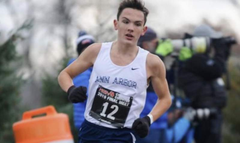 Hobbs Kessler (Ann Arbor, Michigan), a Michigan high schooler who set a national prep record with his 3:57.66, taking down Drew Hunter's previous record of 3:57.81 from 2016.
