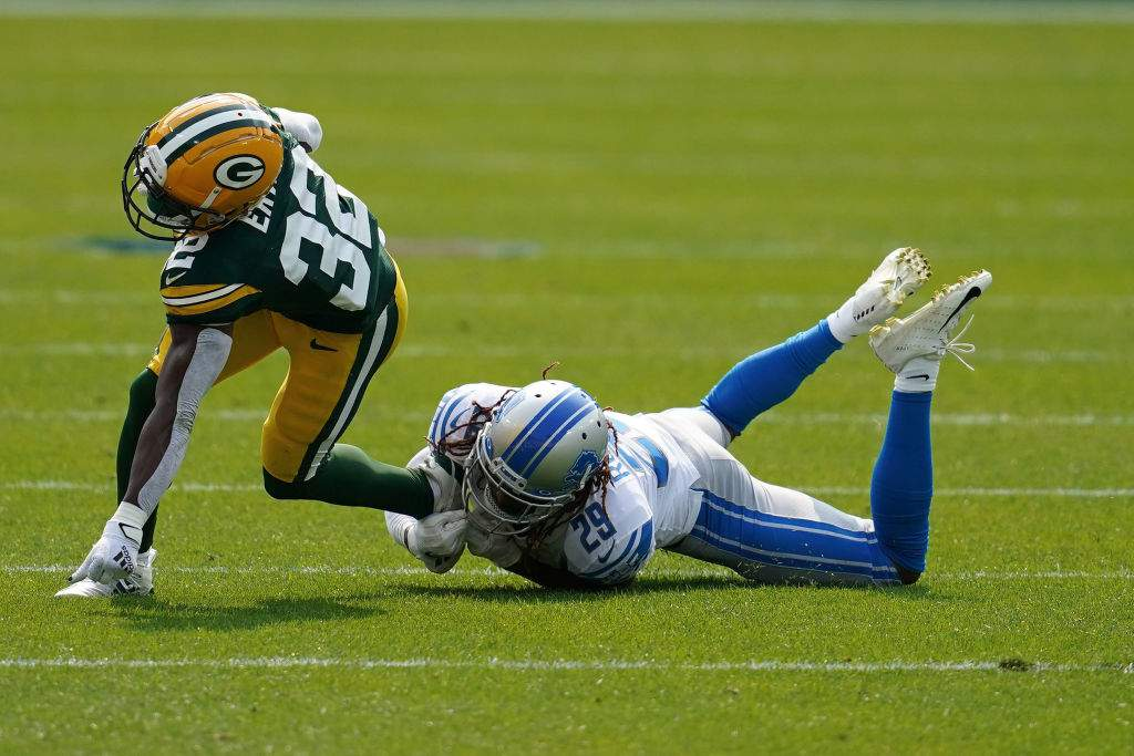 Detroit Lions Lose To Green Bay Packers At Lambeau Field
