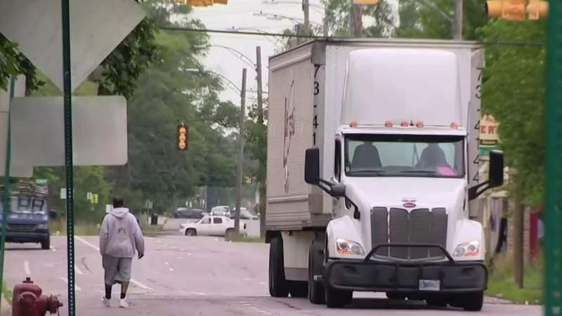 People living near Detroit Stellantis plant fed up with constant truck traffic