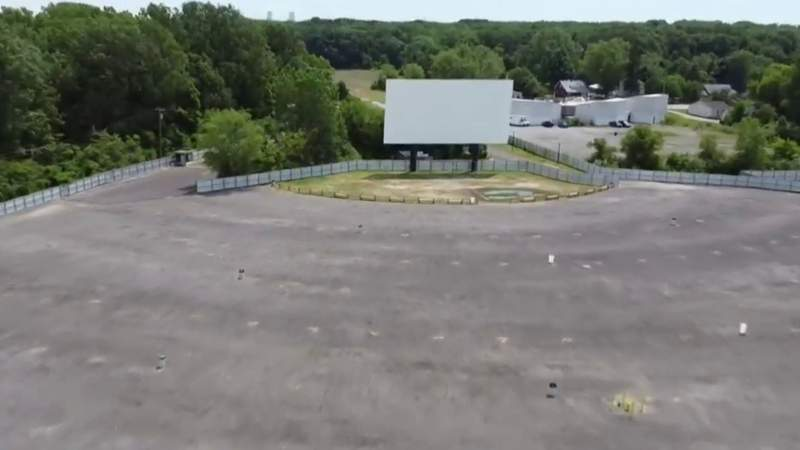 Memory Lane Drive-In movie theater opens in Frenchtown Township