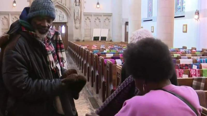 Detroit church hosts New Year's feast for those in need