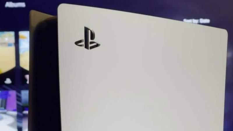 Troy police investigate man scammed while reselling Playstation 5
