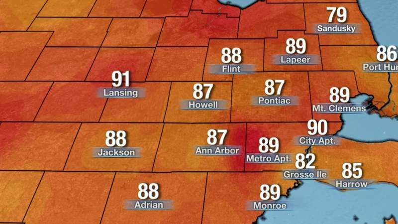Metro Detroit weather: Warm Sunday night, muggy Monday with showers possible, 06/06/21, 12 a.m. update