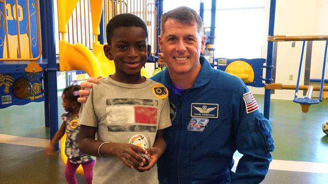 Col. R. Shane Kimbrough visited patients at the University of Michigan C.S. Mott Children's Hospital. Photo   Michigan Medicine