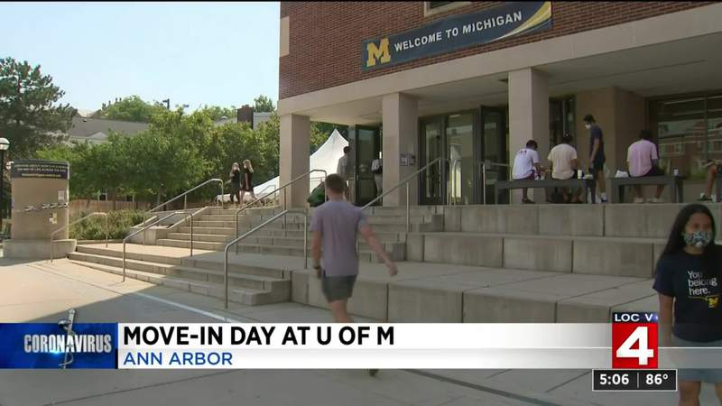 University of Michigan students begin moving into dorms amid COVID-19 pandemic
