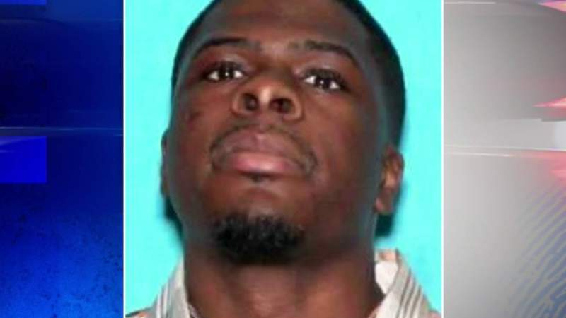 Person of interest in Detroit double homicide turns himself in