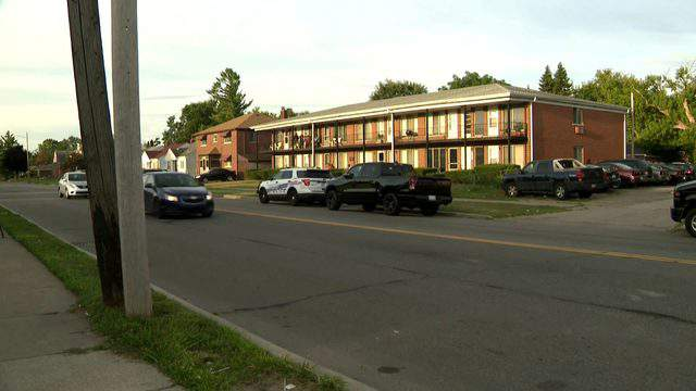 An infant was found dead Aug. 26, 2019 in a bathtub at an apartment in the 19600 block of Schoehnerr Road in Detroit. (WDIV)