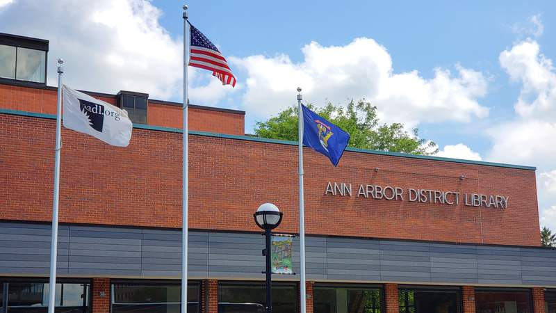 The downtown Ann Arbor branch of the AADL on 5th Avenue.