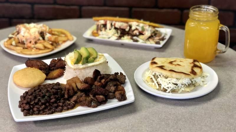 Dine in the D - El Rey De Las Arepas on Live in the D