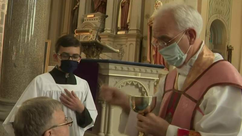 Archdiocese of Detroit lifts dispensation amid pandemic