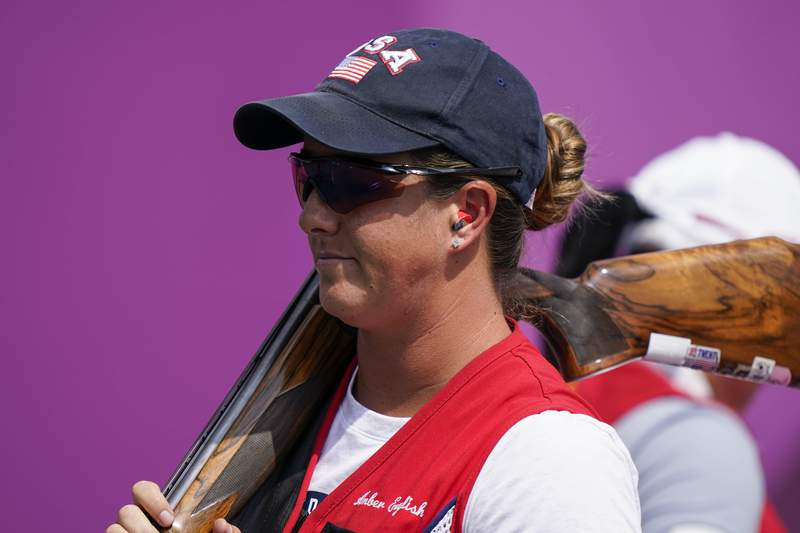 Amber English, of the United States, competes in the women's skeet at the Asaka Shooting Range in the 2020 Summer Olympics, Monday, July 26, 2021, in Tokyo, Japan. (AP Photo/Alex Brandon)