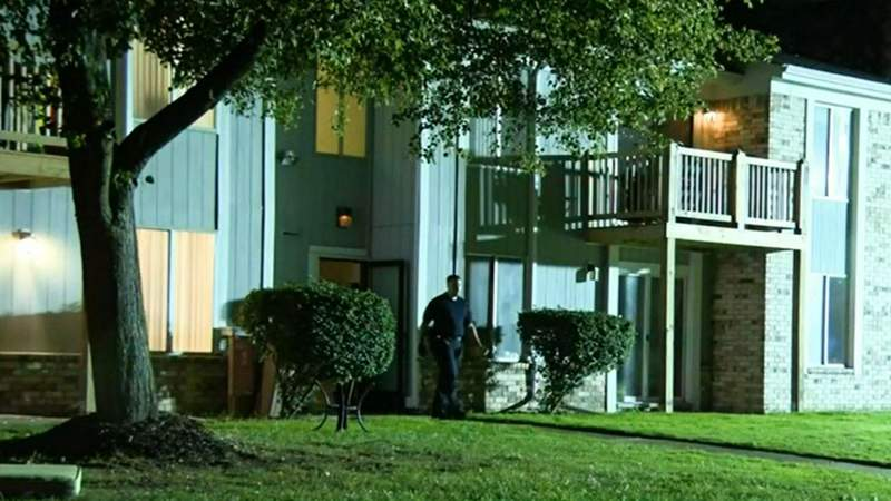 Police investigating a shooting at a Shelby Township apartment complex Sept. 4, 2021.