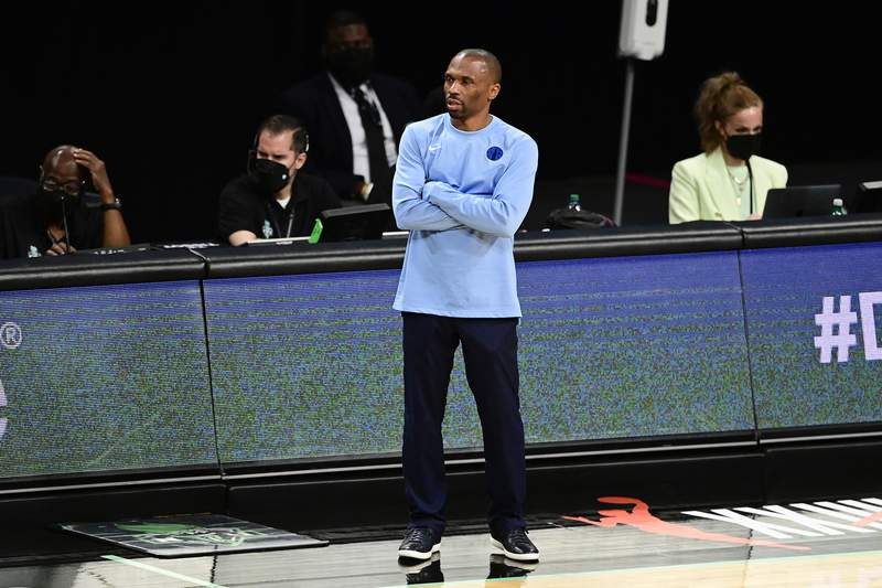 NEW YORK, NEW YORK - JUNE 24:  Head coach James Wade of the Chicago Sky looks on against the New York Liberty at Barclays Center on June 24, 2021 in New York City. (Photo by Steven Ryan/Getty Images)