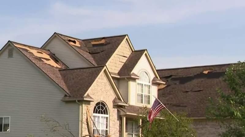 EF-1 tornado hits White Lake Township in Oakland County