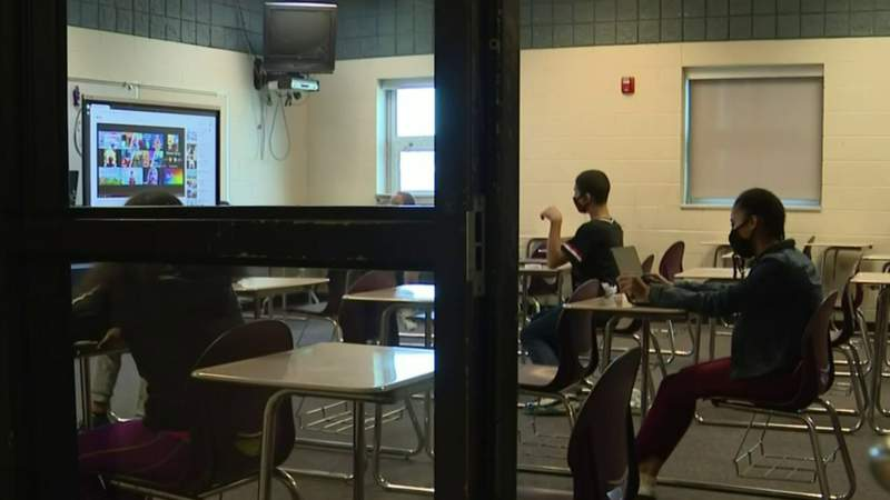 Detroit public schools suspends face-to-face learning, goes virtual