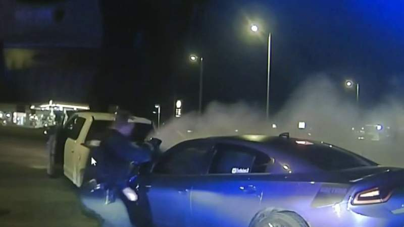 Dramatic video shows 19-year-old driver's arrest after fleeing police, crashing vehicle
