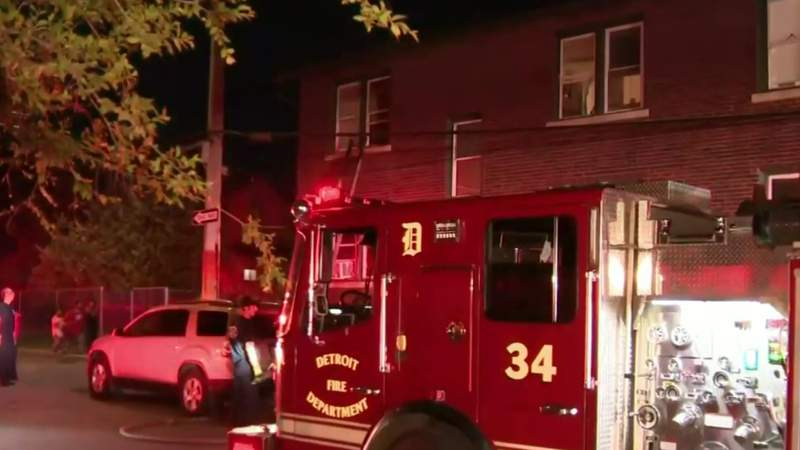 Mother, 3 children hospitalized after Southwest Detroit apartment catches fire