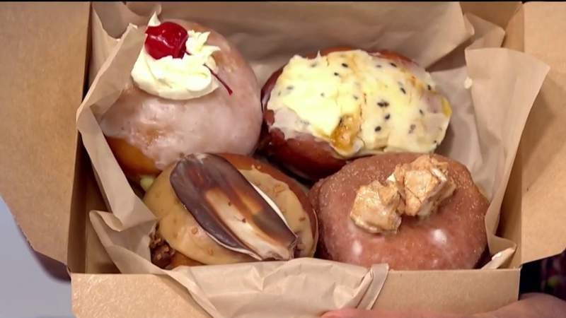 Take-out Tuesday - Union Joints Pączki on Live in the D