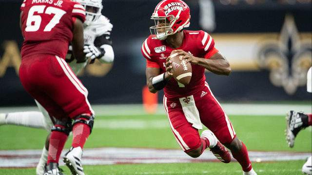 Quarterback Levi Lewis #1 of the Louisiana-Lafayette Ragin Cajuns looks to throw the ball during their game against the Mississippi State Bulldogs at Mercedes Benz Superdome on August 31, 2019 in New Orleans, Louisiana. (Photo by Michael Chang/Getty Images)