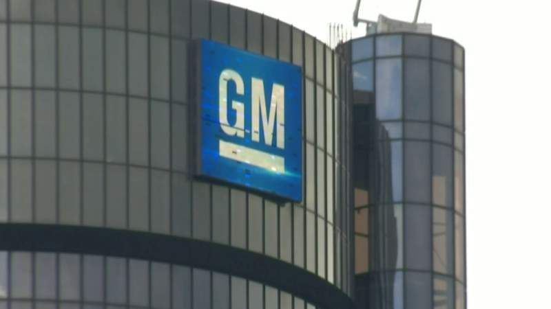 GM posts $806M loss in second quarter