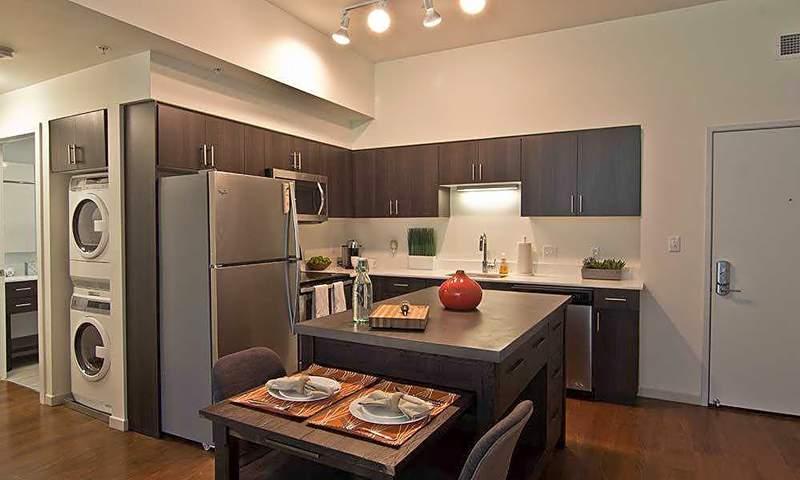 1544-1566 E. Lafayette St.     Photo: Apartment Guide