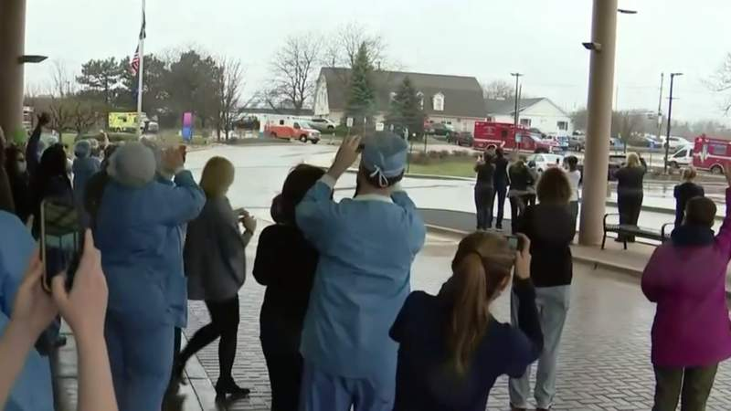 Rochester Hills police, firefighters hold 'thank you' parade for hospital staff