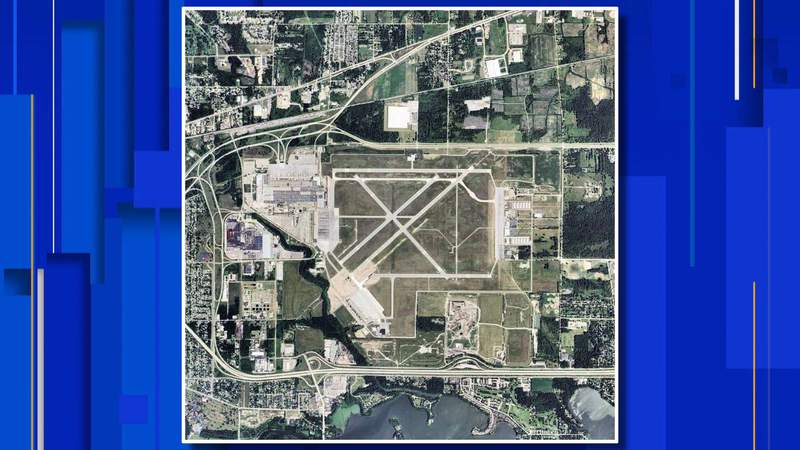 United States Geological Survey orthophoto of Willow Run Airport in 2006.