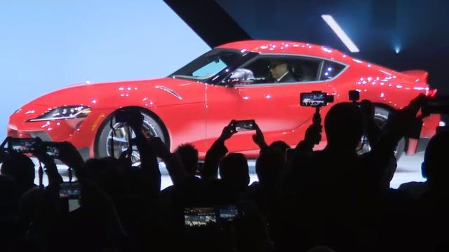 2020 Detroit Auto Show Debuts.Toyota Debuts 2020 Supra At 2019 Detroit Auto Show It S