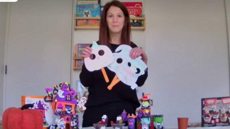 Halloween Crafts for kids on Live in the D