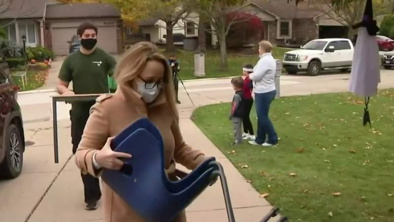 Village Oaks Elementary School delivers unused school furniture to Novi families in need