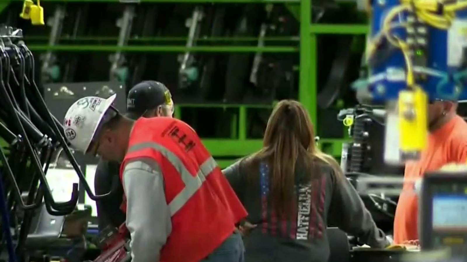 Metro Detroit auto workers return to work Monday with safety measures in place