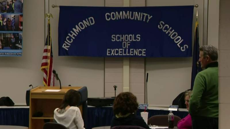Employees accuse Richmond schools superintendent of abusive work conditions